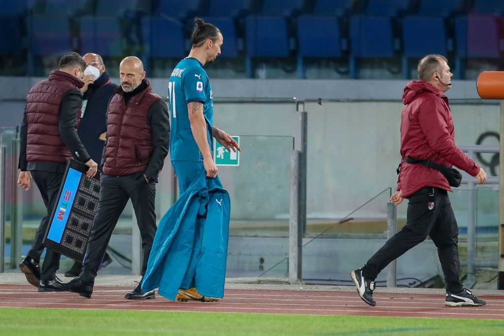 Ibrahimovic mengalami cedera pada pertandingan AC Milan melawan AS Roma